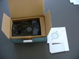 Fotopast je zabalena v kartonové krabičce