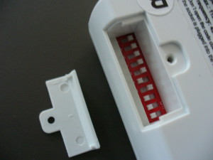 Tato zásuvka umožňuje nastavit kódování uživatelsky (stejný přepínač je i na ovladači)