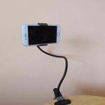 Univerzální držák mobilu se dvěma klipsy a přísavkou